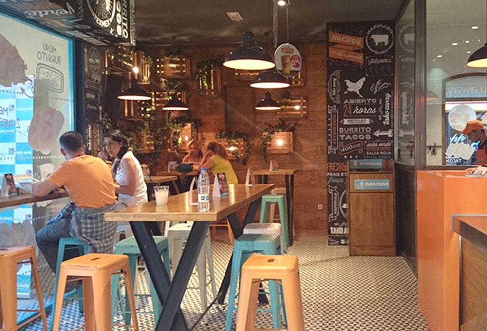 Tako-Away un delicioso fast food con sabor mexicano. Otro proyecto más de MisterWils, más de 4000m² de exposición y venta. Visítenos.