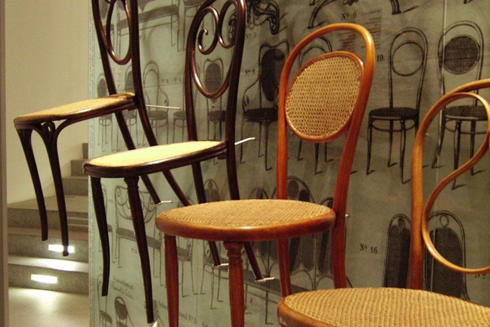 Silla Thonet: Todo un clásico en el mobiliario de hostelería.