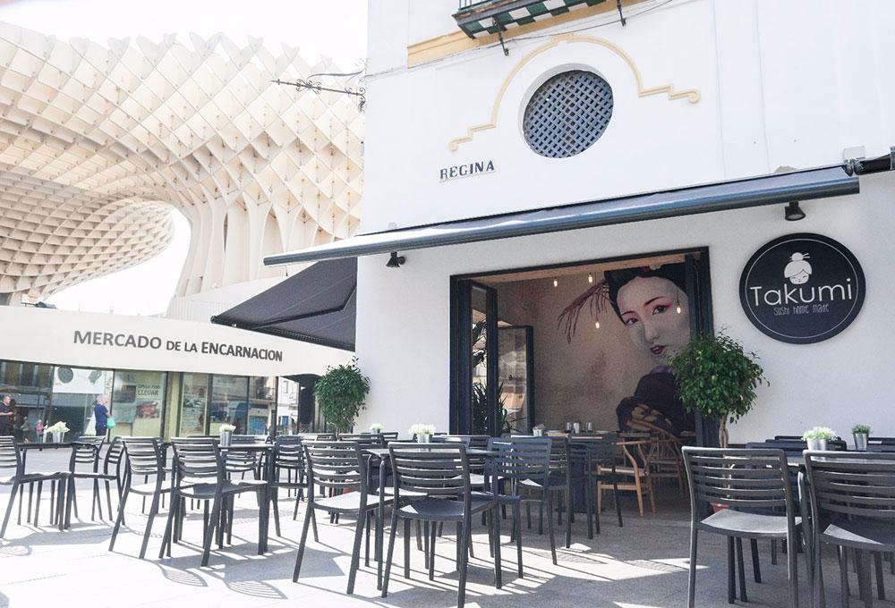 Takumi Sevilla nuevo proyecto de interiorismo de MisterWils. Otro proyecto más de MisterWils, más de 4000m² de exposición y venta.