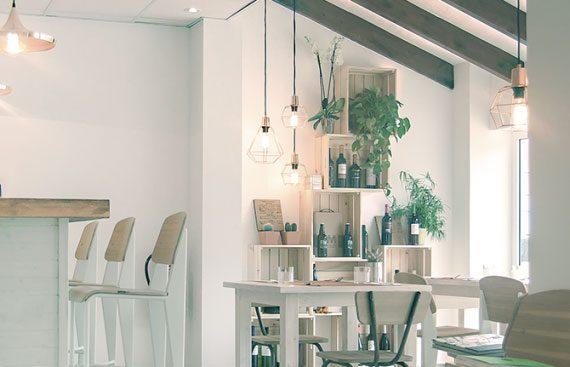 La Setla nuevo restaurante en la costa de Denia. Otro proyecto más de Mister Wils, más de 4000m² de exposición y venta.
