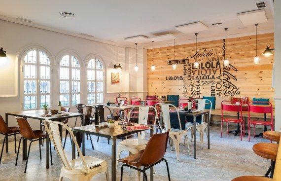 Lalola Taberna Gourmet nuevo restaurante de Javier Abascal en Los Remedios. Otro proyecto más de Mister Wils, más de 4000m² de exposición y venta.