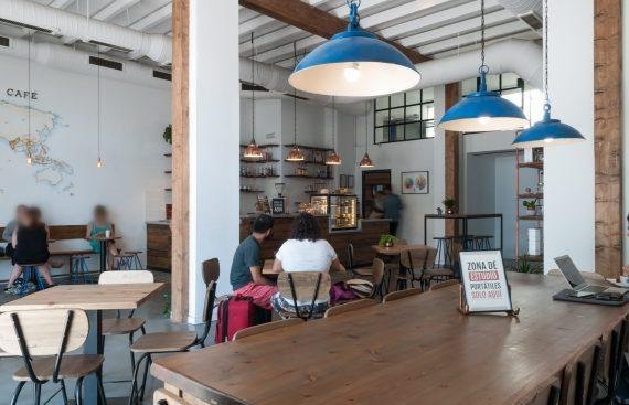 Torch Coffee un nuevo establecimiento café producto gourmet. Otro proyecto más de Mister Wils, más de 4000m2 de exposición y venta. Visítanos.
