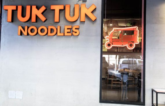 Tuk Tuk Noodles desembarca en Sevilla