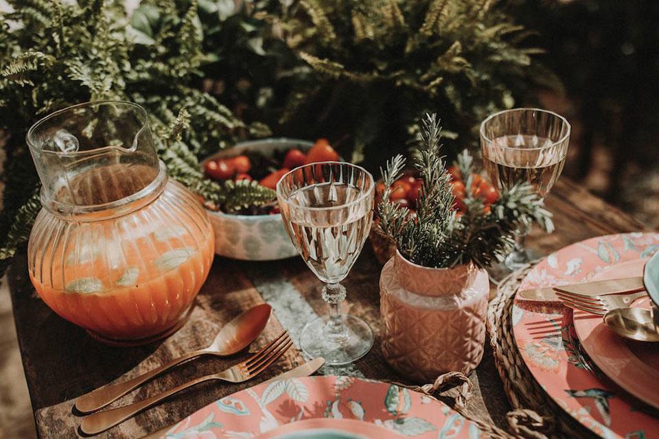 Cinco ideas muy Mister Wils para tus mesas de verano. Nuestro equipo de interioristas, con su experiencia decorando restaurantes te traen aquí 5 claves.