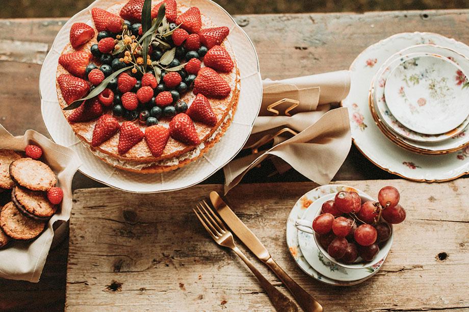 Te sugerimos cuatro tipos de mesas con los que decorar tu cocina