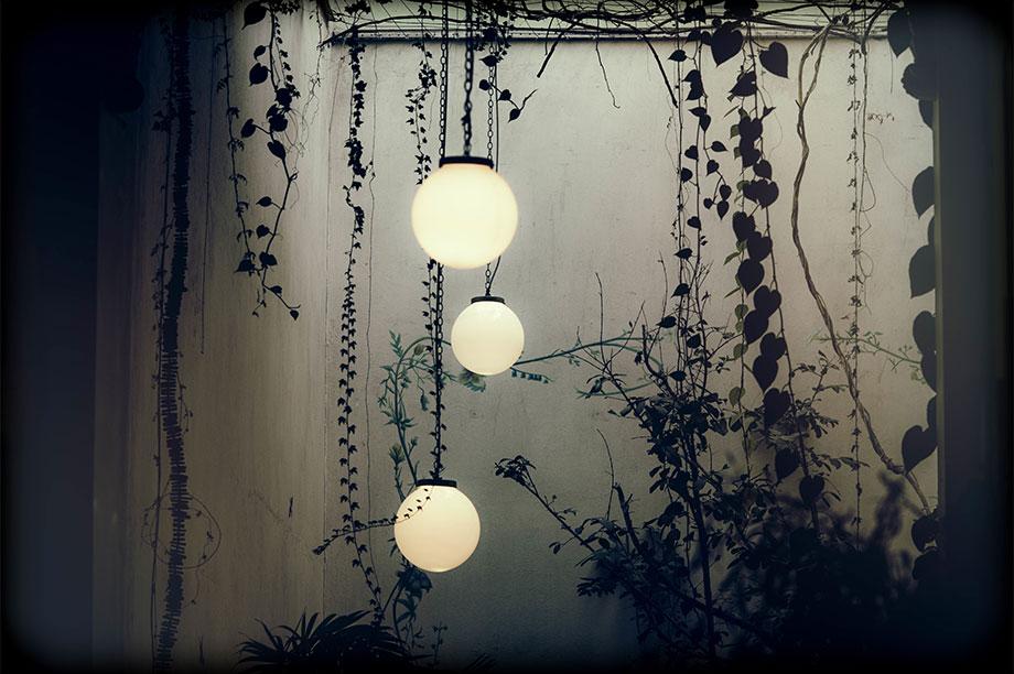 Las lámparas de techo de las que todo el mundo está hablando. En decoración es necesario saber iluminar y elegir las lámparas de techo perfectas. Más info..