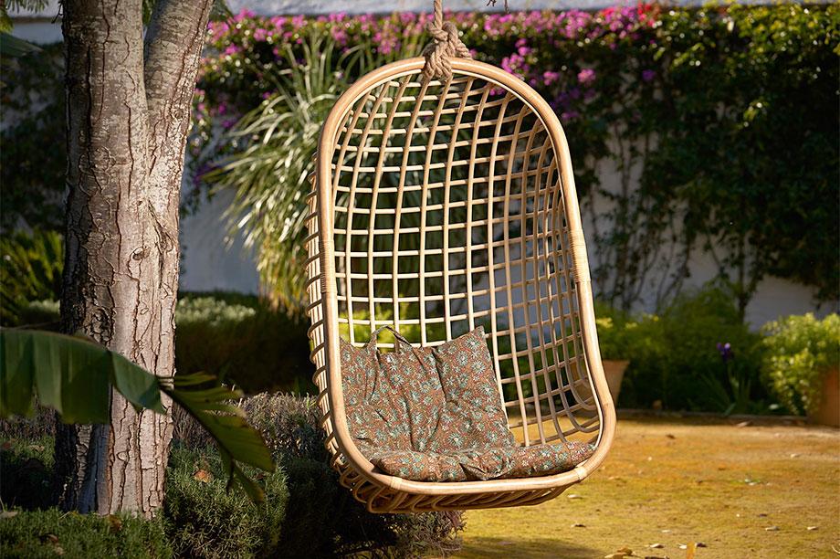 silla colgante de rattan