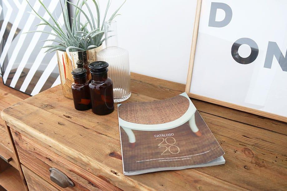 Descubre lo mejor de nuestra colección de muebles en este catálogo