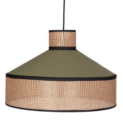 HOODIE VERDE Llámpara de techo fabricada en rejilla de enea y textil. Encuéntrala en MisterWils. Más de 4000m² de exposición y almacén.