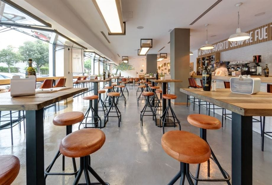 El interiorismo en la restauración y los hoteles tras la COVID-19. Los bares y restaurantes, auténtico corazón de nuestro país, deben reinventarse...