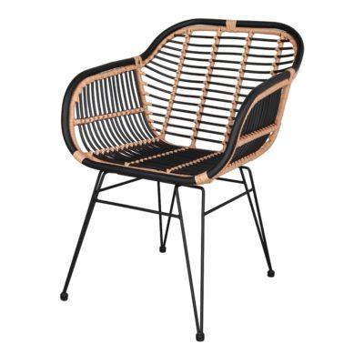 MARCEL Silla estilo nórdico con estructura tubular de acero con acabado en pintura en polvo y asiento y respaldo de rattan sintético.