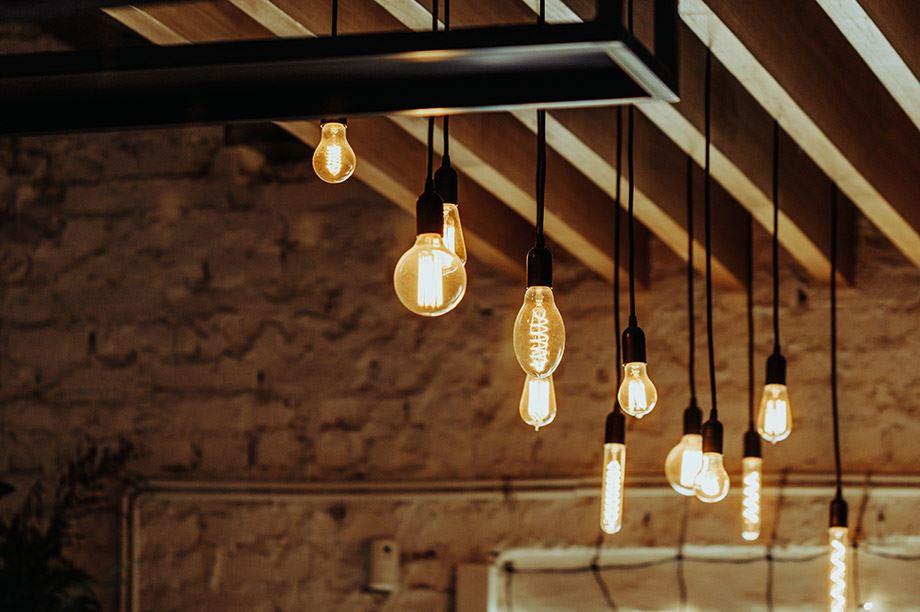 Blog-MisterWils-lamparas-de-techo-apliques-perfectos-para-restaurantes-1