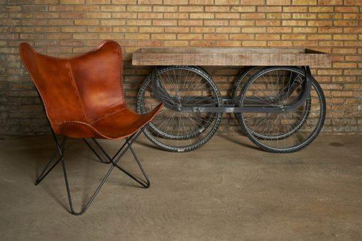 VELOCAR Carro estilo vintage industrial con estructura de acero con acabado en negro envejecido, ruedas de bicicleta (700c) y caja de madera de mango envejecida.