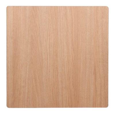 TOBÍAS CON BISEL Tapa de compacto fenólico imitación madera biselada. Encuéntrala en MisterWils. Más de 4000m² de exposición y almacén.