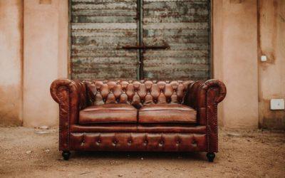 El sofá Chester con capitoné no pasa de moda
