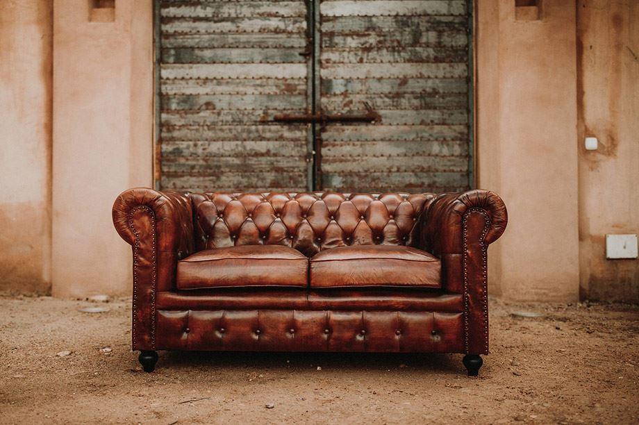 sofá Chester capitoné