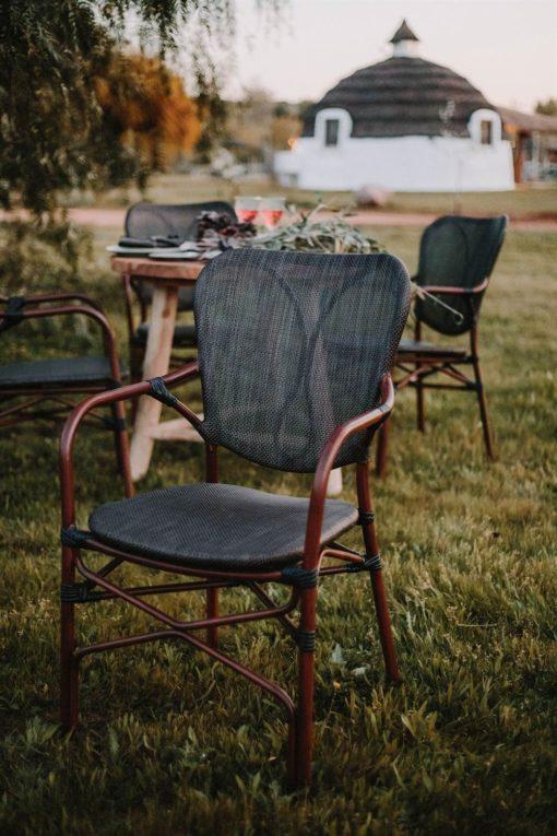 silla de exterior DUBAI apilable foto de ambiente