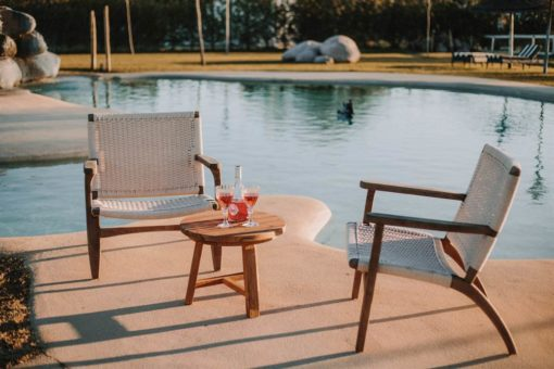 RIVERSIDE Sillón tipo lounge de madera y cuerda réplica CH25. Encuéntralo en MisterWils. Más de 4000m² de exposición y almacén.RIVERSIDE Sillón tipo lounge de madera y cuerda réplica CH25. Encuéntralo en MisterWils. Más de 4000m² de exposición y almacén.
